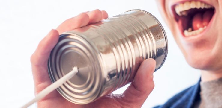 Copia de marketing-man-person-communication.jpg